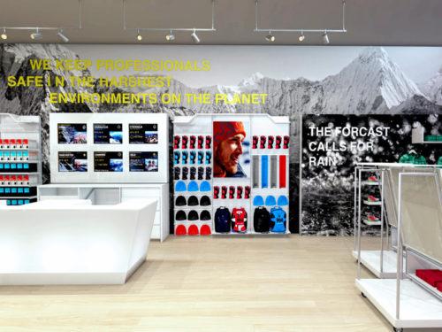 Helly Hansen; Mall of Africa, visual merchandising